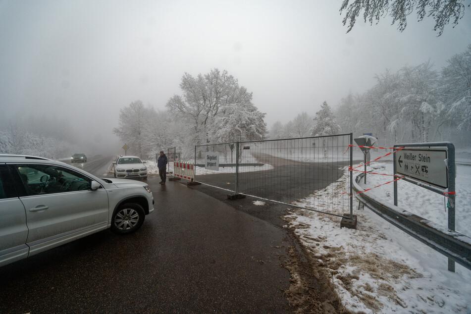 Besucher im Nationalpark Eifel auf Abwegen: Autos im Parkverbot, Gemeinde zieht Konsequenzen