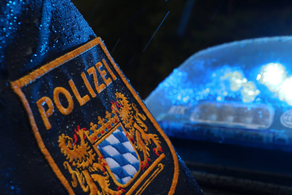 Polizist riskiert Kopf und Kragen, um verletzter Seniorin zu helfen