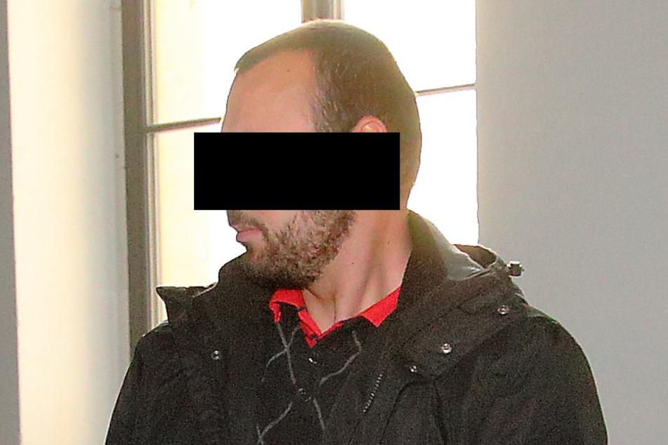 Lajos P. (27) legte im Suff eine kreuzgefährliche Aktion im Straßenverkehr in.