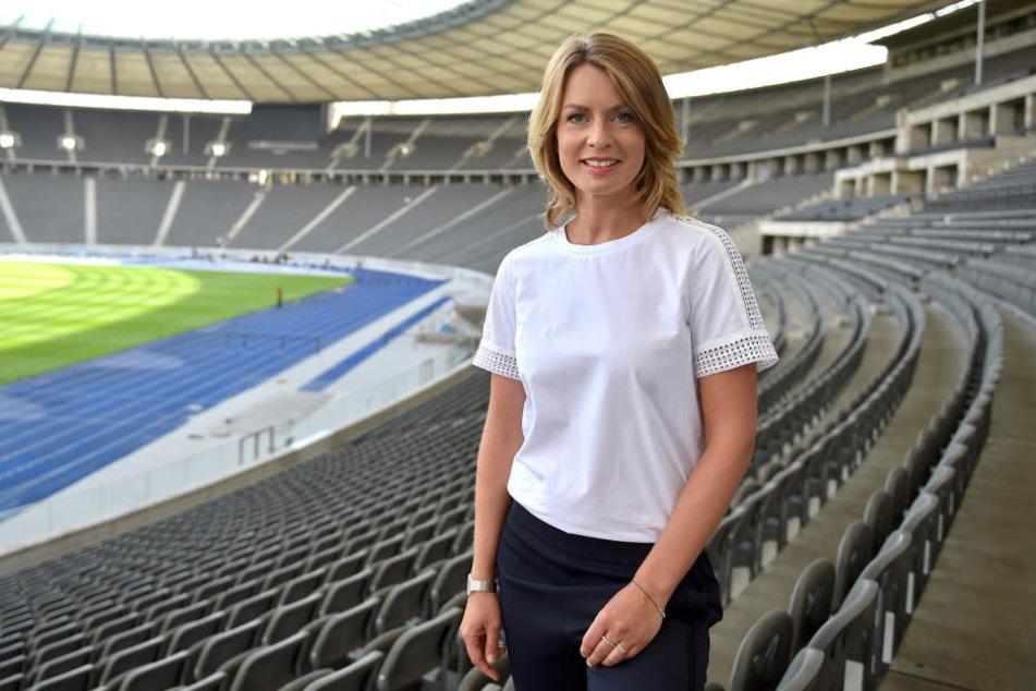 Moderatorin Jessy Wellmer im Berliner Olympiastadion.