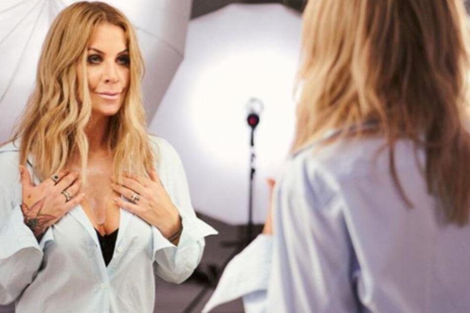 Charlotte Würdig (40) steht dazu, dass sie sich schon die ein oder andere Hyaluron-Spritze genehmigt hat.