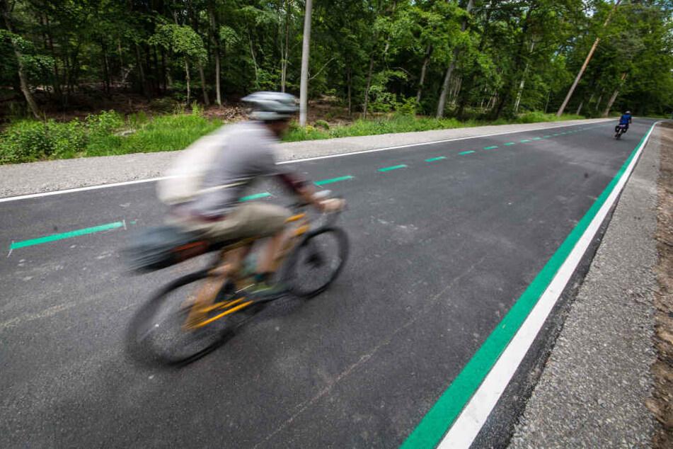 In Baden-Württemberg bereits umgesetzt, in Köln noch in der Planung: ein Radschnellweg.