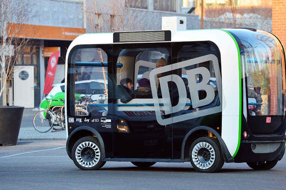 In einigen Städten (wie Berlin, F.) werden bereits selbstfahrende Busse getestet.
