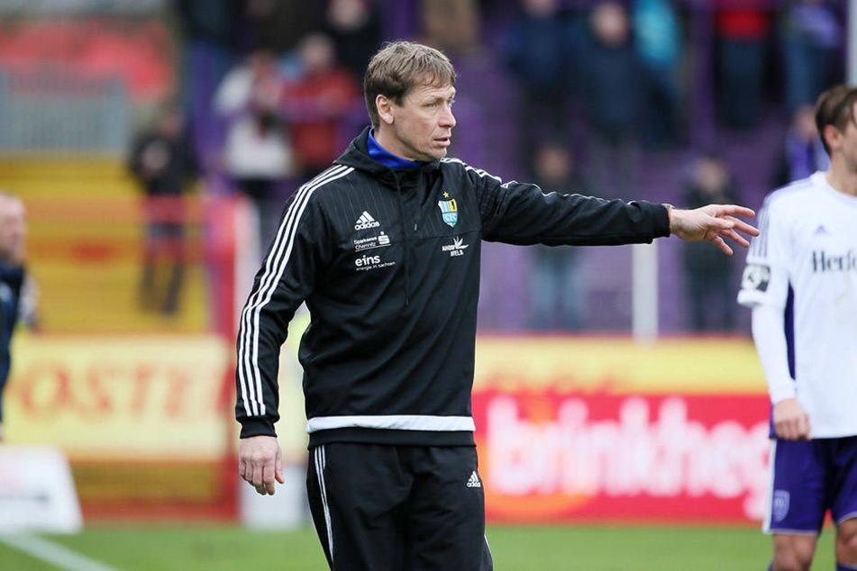 CFC-Coach Sven Köhler hatte zuletzt an der Seitenlinie viel zu tun, wie hier in Osnabrück.