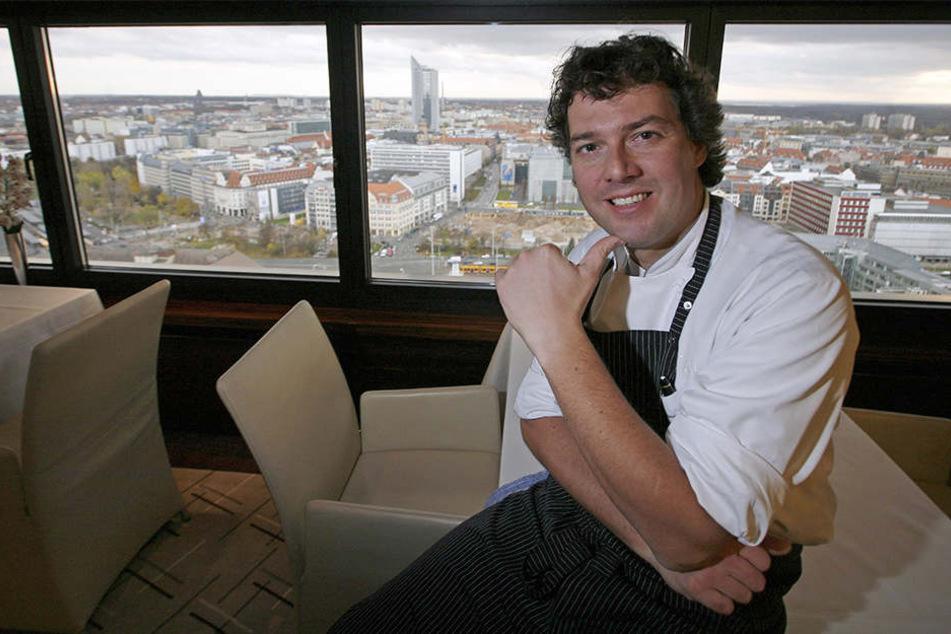 Peter Maria Schnurr in seinem Restaurant FALCO in der 27. Etage des Hotels Westin Leipzig.