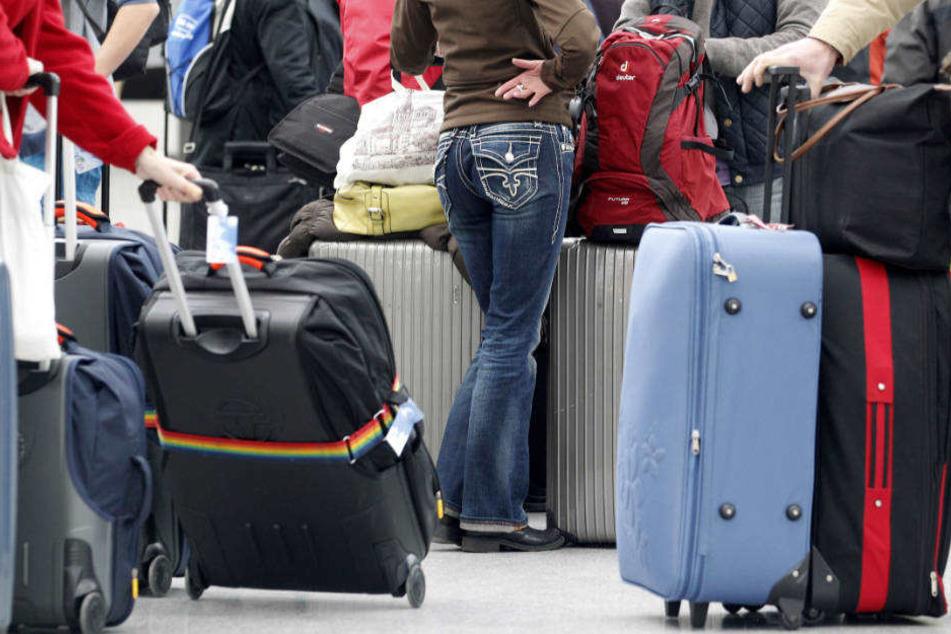 Im vergangenen Juli gab es bundesweit 3200 Flugausfälle und 1313 Flüge mit über drei Stunden Verspätung.