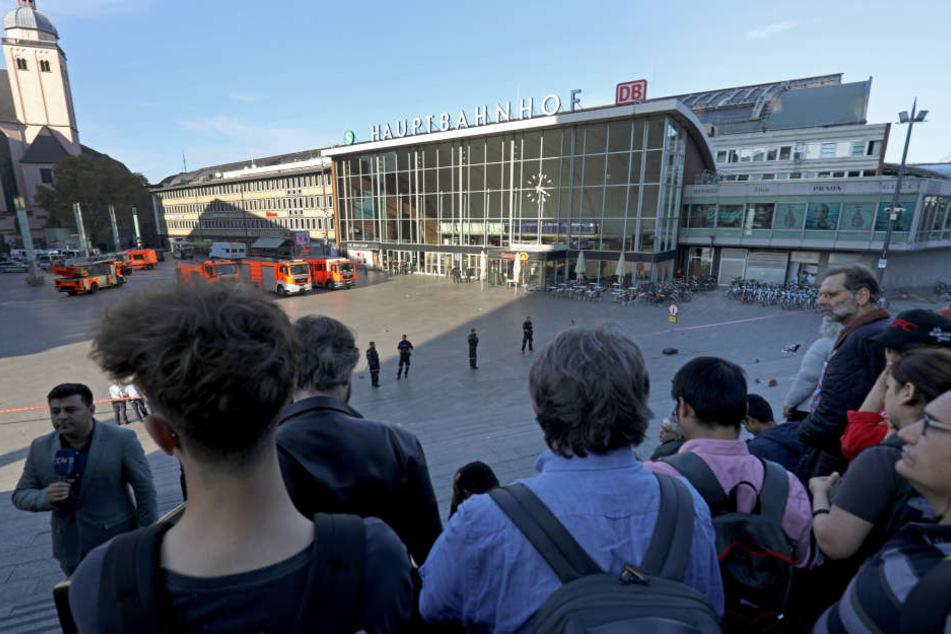 Während der Geiselnahme wurde der Kölner Hauptbahnhof am 15. Oktober komplett gesperrt.