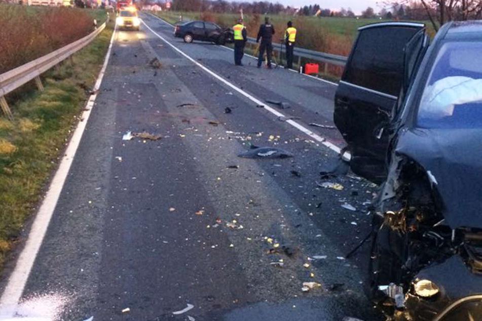 Bei dem Unfall auf der B6 entstand Sachschaden im fünfstelligen Bereich.