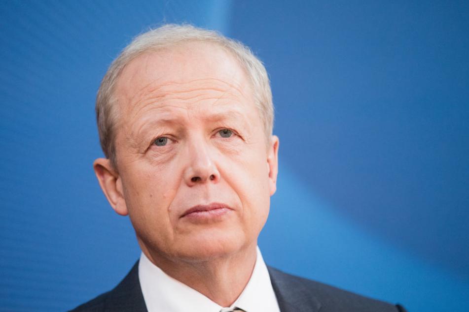 WDR-Intendant Tom Buhrow musste sich den Verbalangriffen von Storchs erwehren.