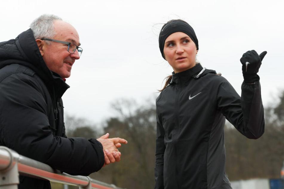 Gesa Krause und ihr Trainer Wolfgang Heinig.