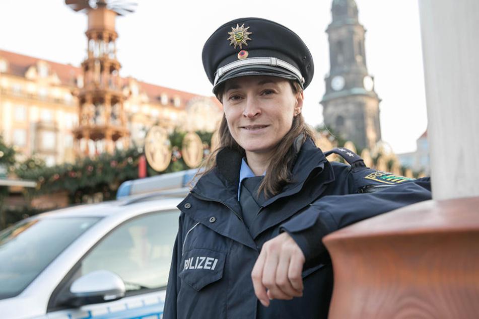 Die Polizei ist auf eine abstrakte Gefährdung eingestellt: Sie sichert den  Striezelmarkt mit bis zu zehn Beamten ab.