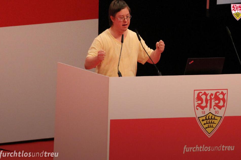 Sebastian Brunner berührte mit seiner Rede auf der außerordentlichen Mitgliederversammlung des VfB Stuttgart viele Herzen.