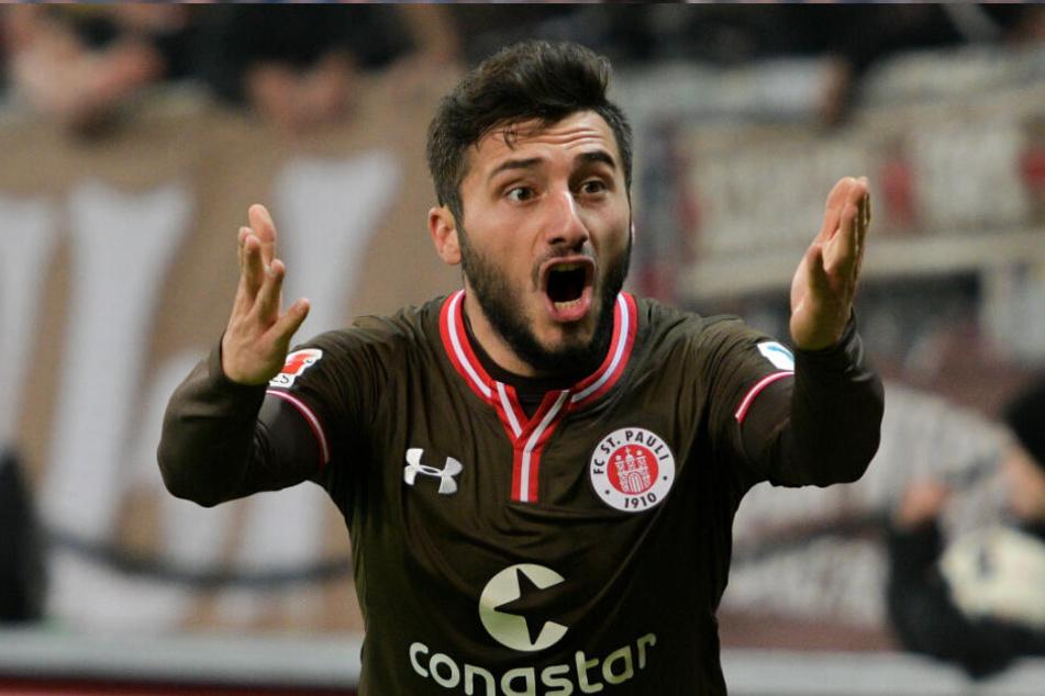 Cenk Şahin wird nach der Aktion wohl nie wieder das St. Pauli-Trikot tragen. (Archivbild)