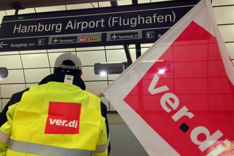 Auch der Hamburger Flughafen wird heute bestreikt (Archivbild).