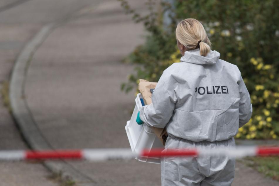 Die Spurensicherung an einem Tatort. (Symbolbild)