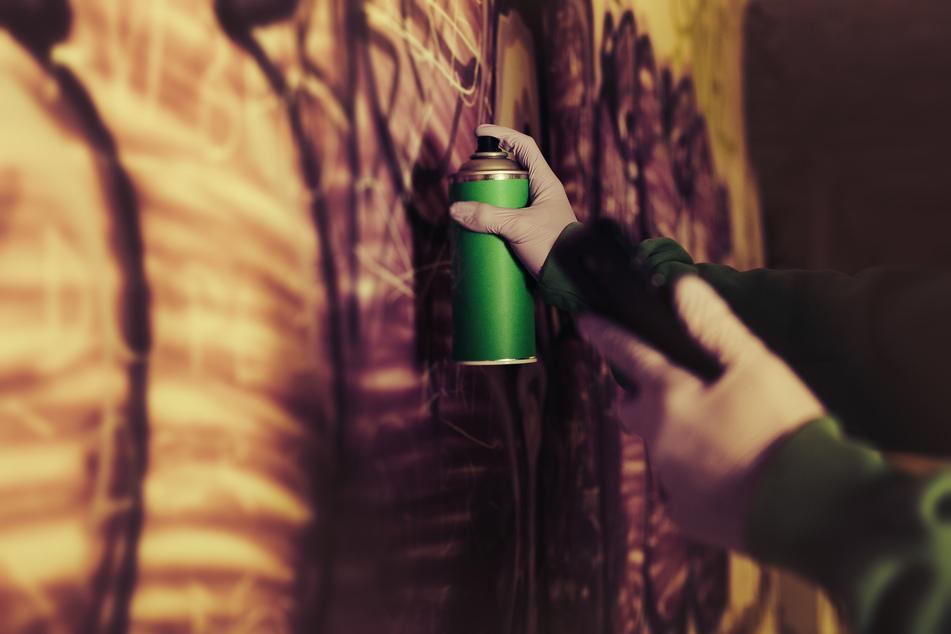 Polizeifeindliche Graffiti in Leipzig: Jetzt ermittelt der Staatsschutz