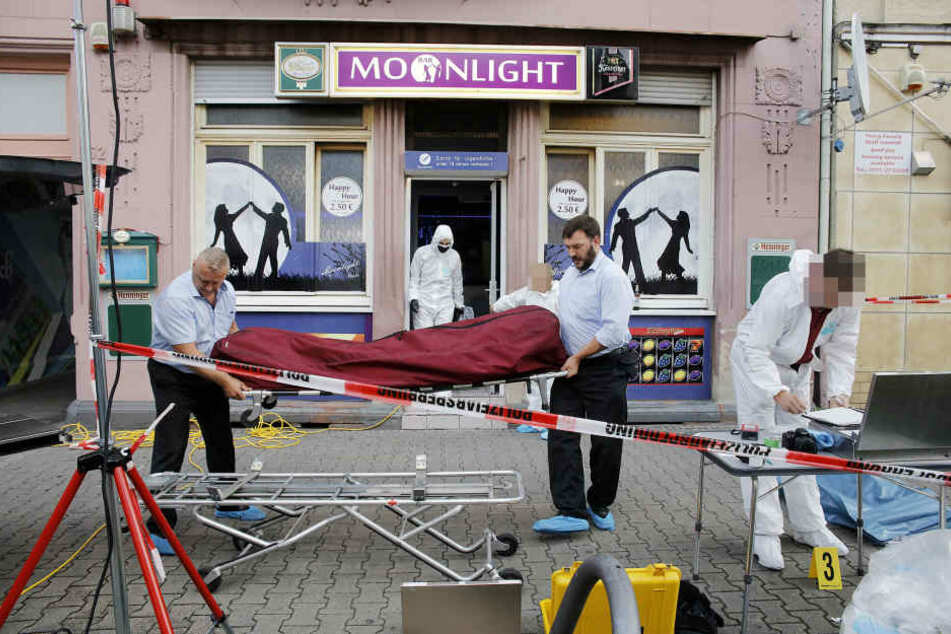 Streit in Bar eskaliert: Mann sticht 34-Jährigen tot