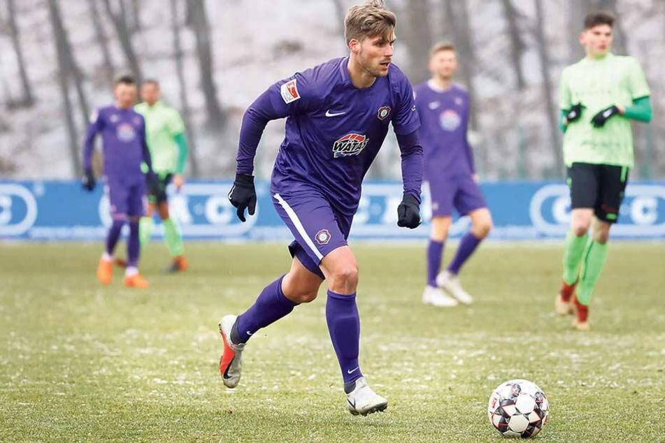 Philipp Zulechner trug im Testspiel gegen Fürstenwalde erstmals das Auer Trikot. Geht alles glatt, unterschreibt er heute beim FCE einen Vertrag.