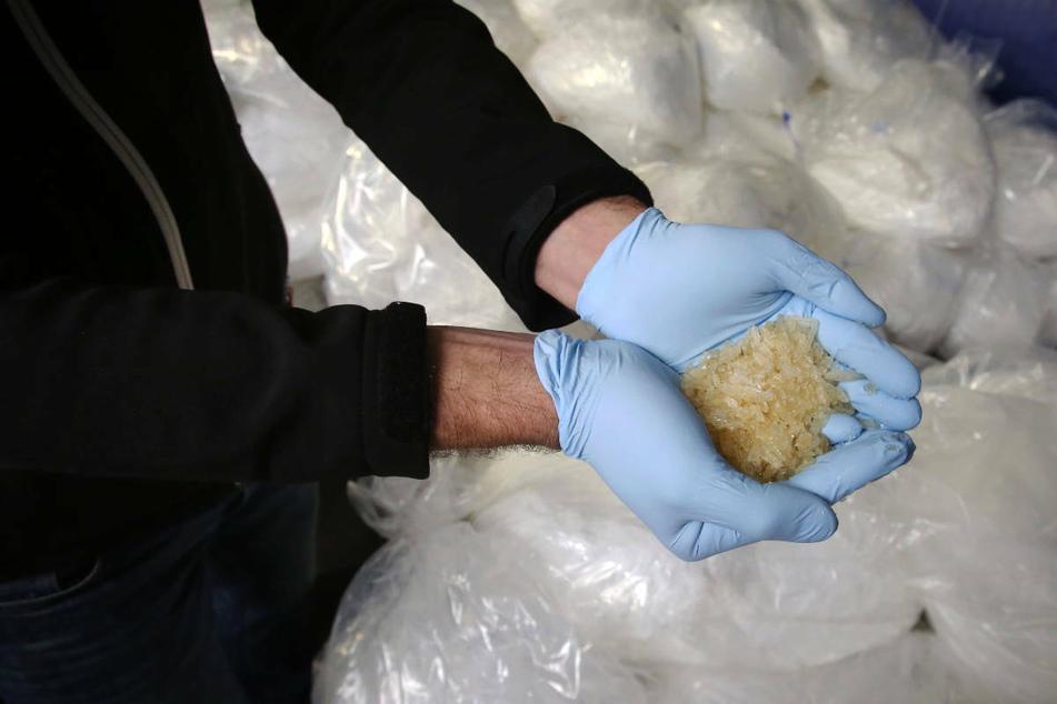 """Wie in """"Breaking Bad"""": Zwei Männer bunkern Crystal Meth für 2,5 Millionen Euro in der Garage"""