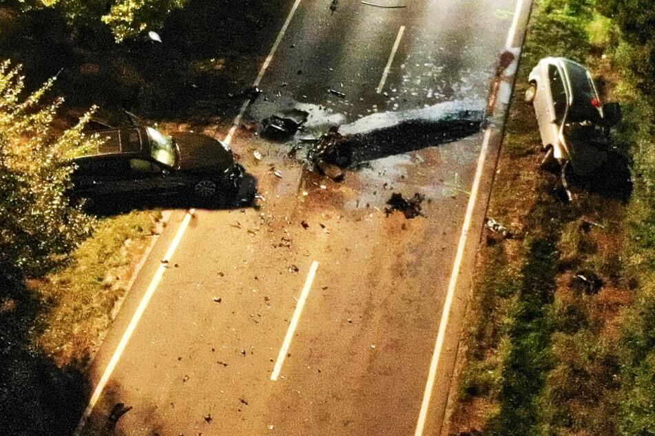 Mann stirbt bei Horror-Unfall, Ehefrau springt offenbar aus fahrendem Auto