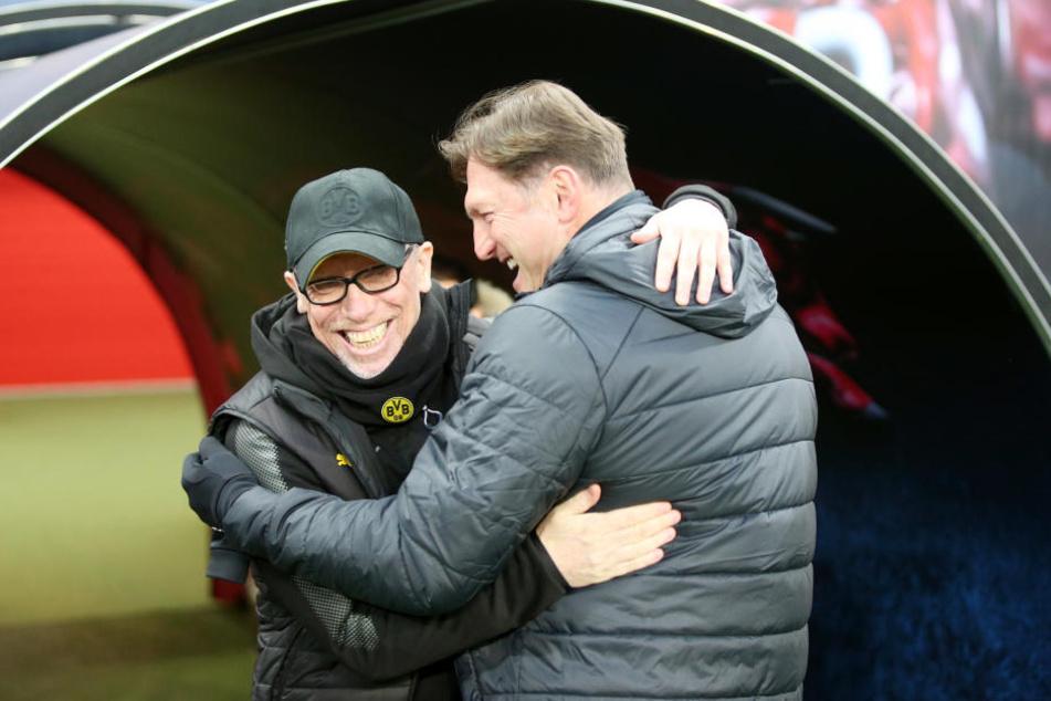 Zwei Österreicher unter sich: Dortmunds Trainer Peter Stöger (l.) und Leipzigs Ralph Hasenhüttl verstehen sich sicher auch der Partie weiterhin.