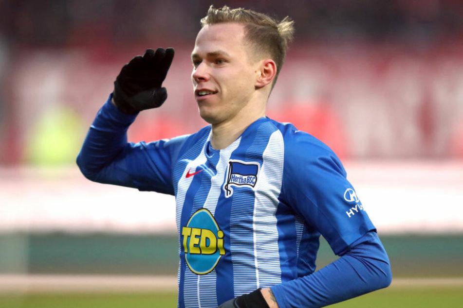 Ondrej Duda jubelt über seinen Treffer gegen Nürnberg.
