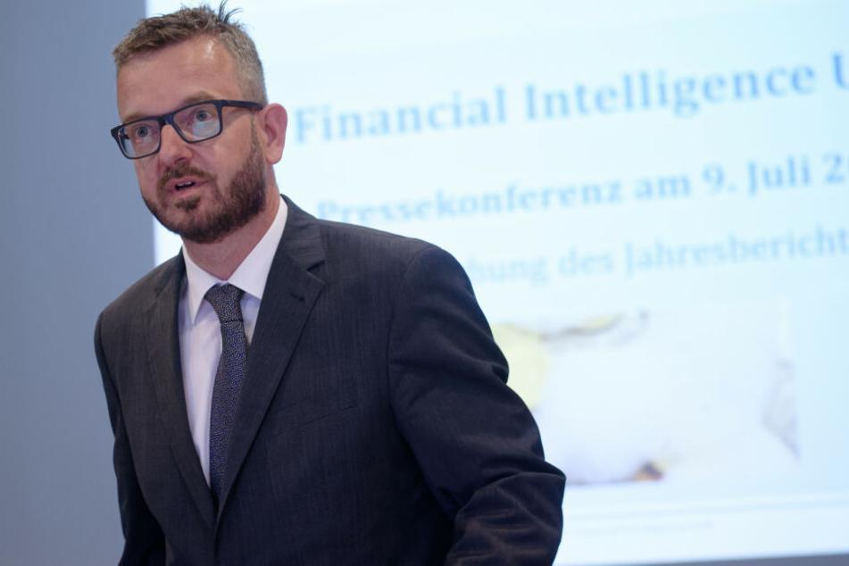 FIU-Leiter Christof Schulte bei einer Pressekonferenz am Montag zum Jahresbericht der Financial Intelligence Unit (FIU).