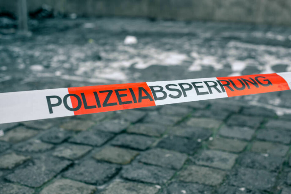 Drei jugendliche Tatverdächtige konnten von der Poilzei vorläufig festgenommen werden. Einer soll am Freitag dem Haftrichter vorgeführt werden (Symbolbild).