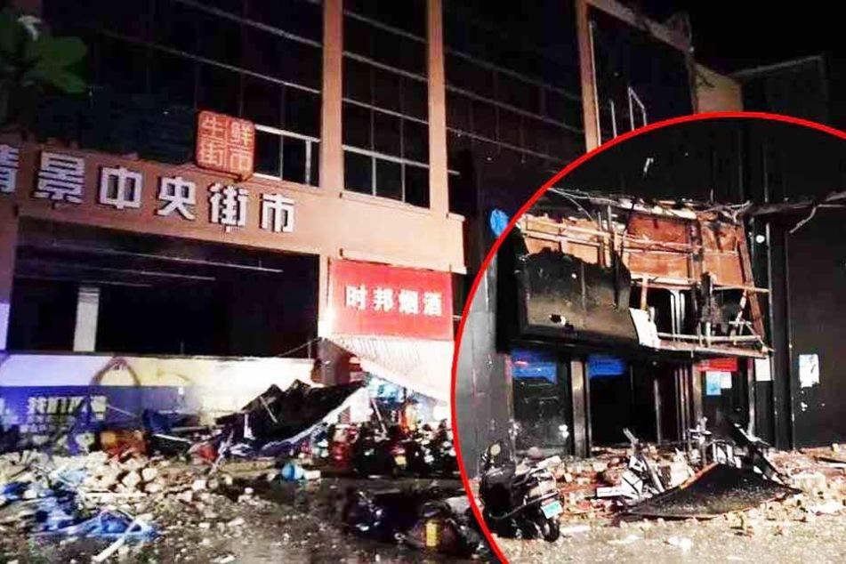 Mehrstöckiges Haus stürzt in sich zusammen: Drei Tote und viele Verletzte