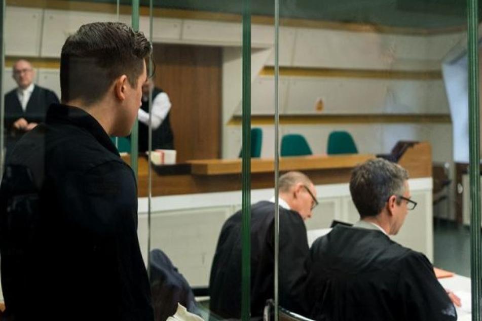 Der 21-Jährige vor Gericht (Archivbild).