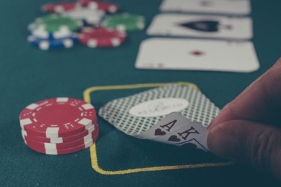 Summe Aller Einsätze Beim Poker