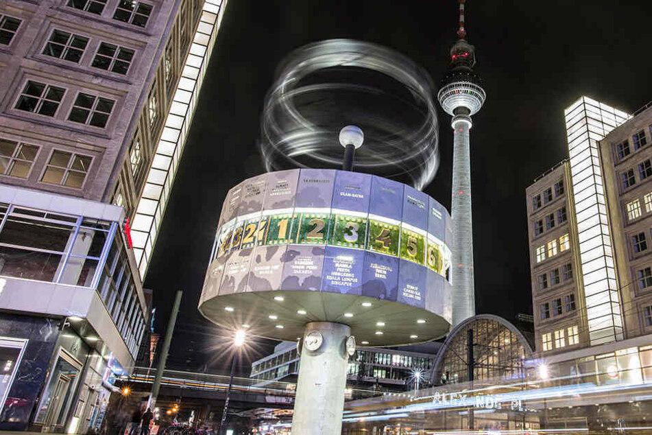 Der Alexanderplatz ist krimineller Brennpunkt der Hauptstadt. (Symbolbild)