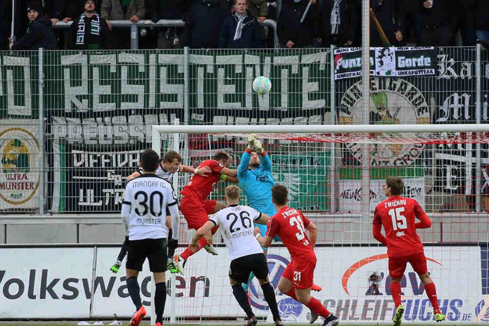FSV-Keeper Johannes Brinkies erwies sich als echte Verstärkung.
