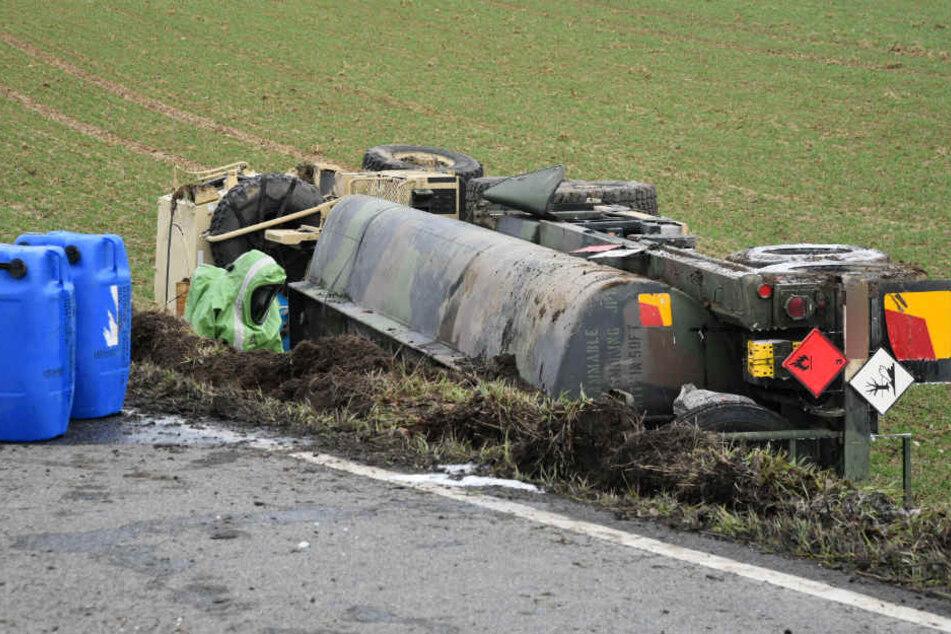Der 21-jährige Fahrer war aus bislang unbekannter Ursache von der Fahrbahn gekommen.