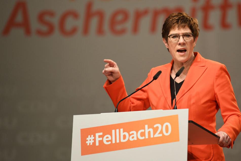 "Kramp-Karrenbauer schießt hart gegen Grüne: ""Politik der Bevormundung"""