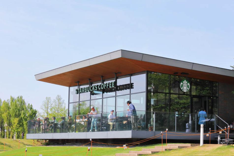 Ein Starbucks-Kaffeehaus (Symbolbild).