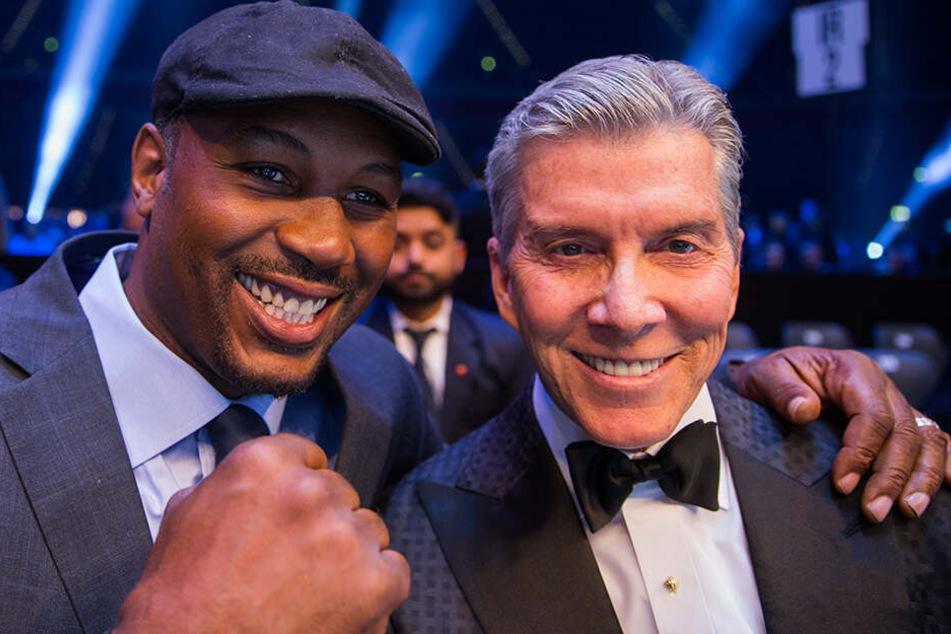 Multimillionär Michael Buffer (r.) mit Lennox Lewis, dreifacher Box-Weltmeister im Schwergewicht.