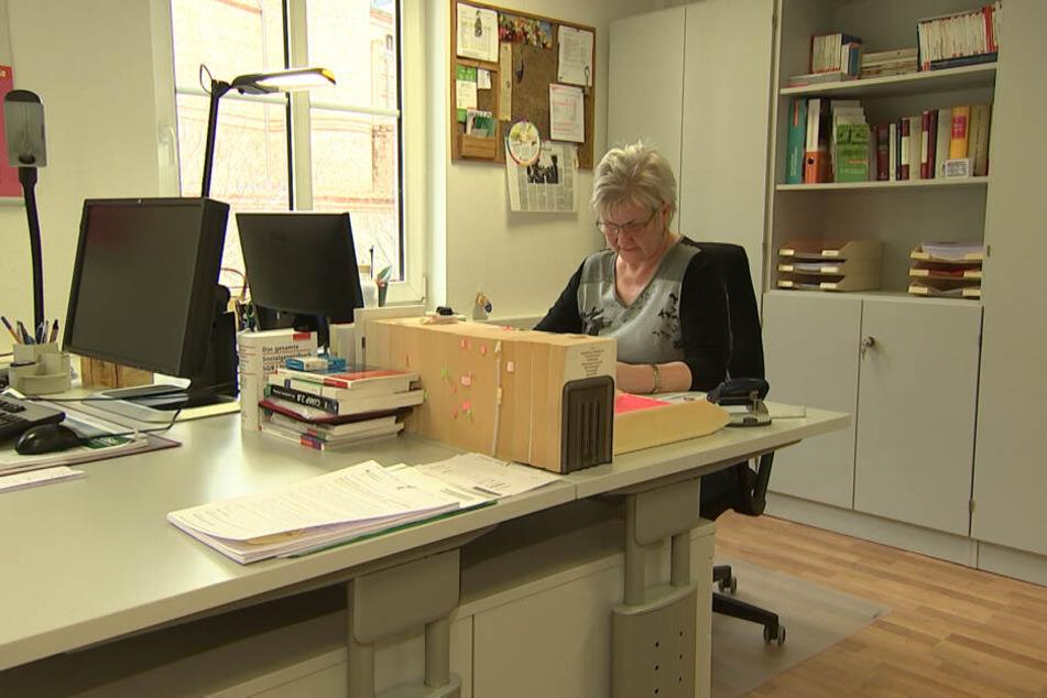 Simone Meisel, Beraterin der Verbraucherzentrale Sachsen-Anhalt, sieht ein hohes finanzielles Risiko bei einer Klage.