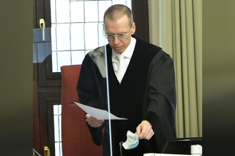Kammer-Chef Theo Dahm (60) setzte das Verfahren kurzerhand aus, noch bevor es richtig begonnen hatte.