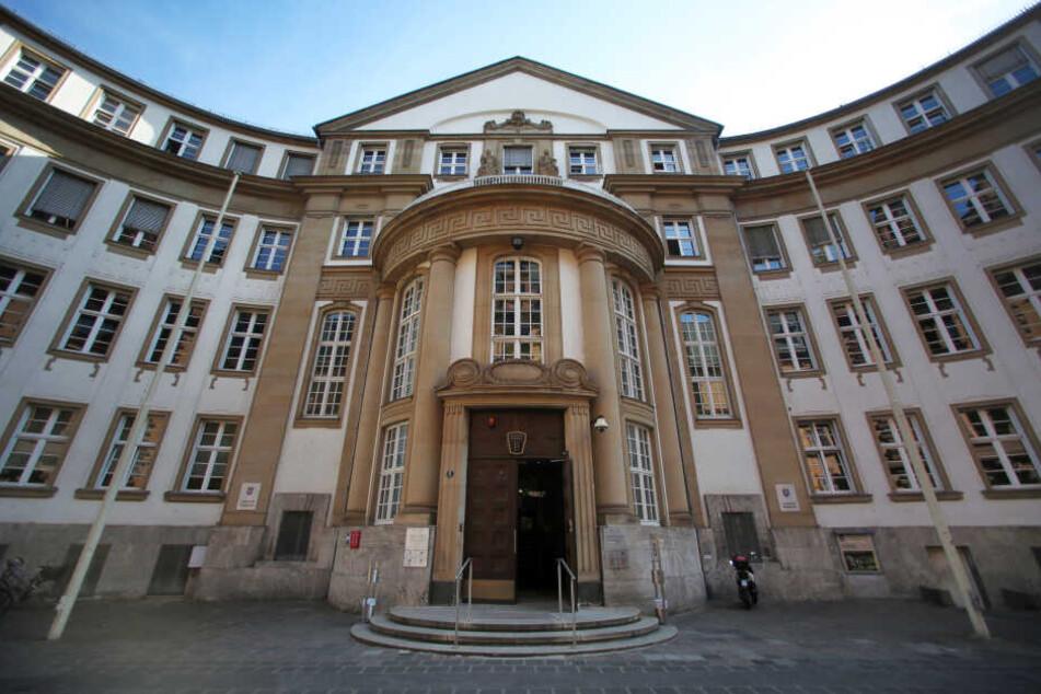 Die Tat ereignete sich auf dem Gelände des Landgerichts in Frankfurt (Symbolbild).