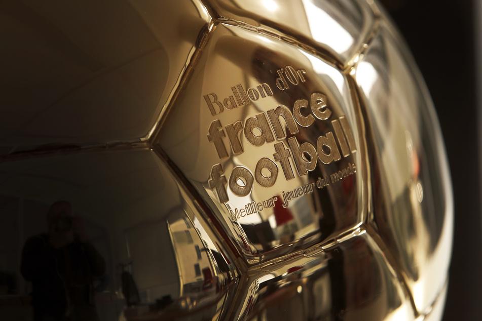 """Der """"Ballon d'Or"""" (Goldene Ball), die Auszeichnung für den Weltfußballer des Jahres."""