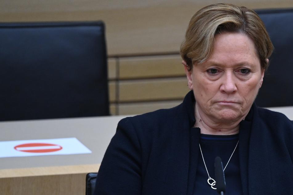 Nach Wahl-Debakel: CDU-Spitzenkandidatin Susanne Eisenmann zieht sich zurück