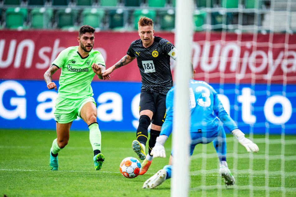 BVB-Kapitän Marco Reus (M.) ließ diese Chance aus.