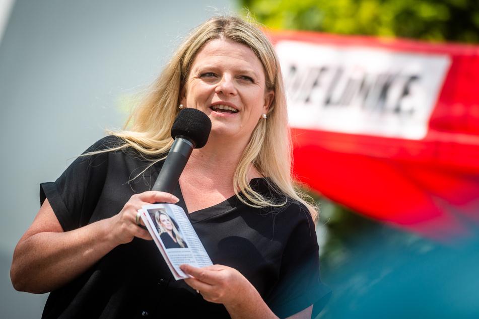 OB-Kandidatin Susanne Schaper (42, Linke) stellte am Montag ihr Wahlprogramm in der Innenstadt vor.