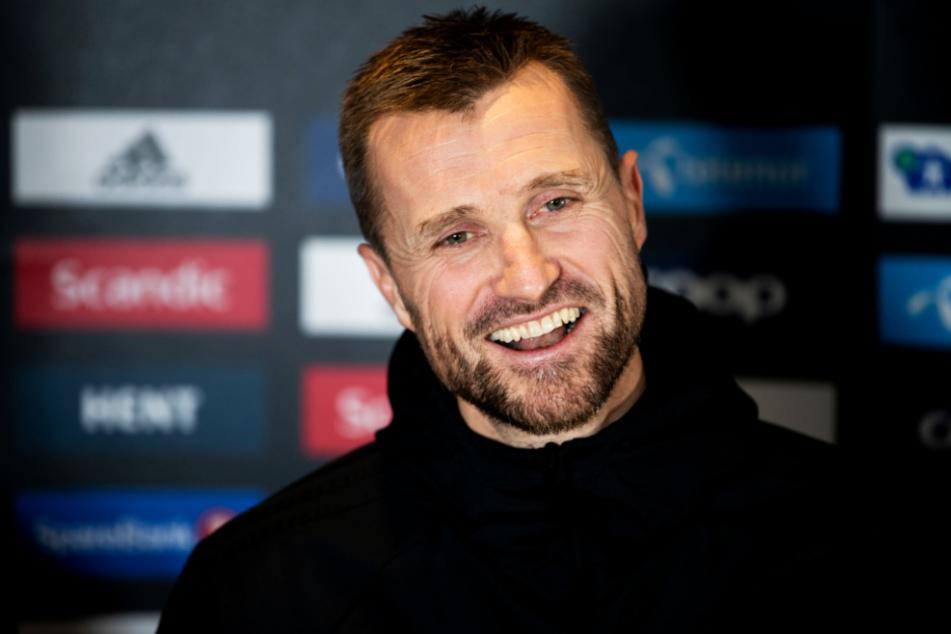 Rosenborg Trondheims Trainer Eirik Horneland hat wie die anderen Fußballverantwortlichen in Norwegen momentan wenig zu lachen. (Archivbild)