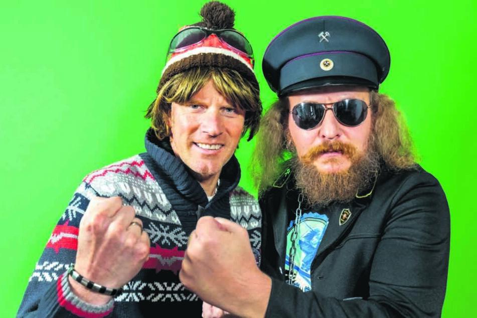 """Ballermann-Sänger Mickie Krause (49, l.) und """"Der Hauer"""" (45) machen jetzt gemeinsame Sache."""