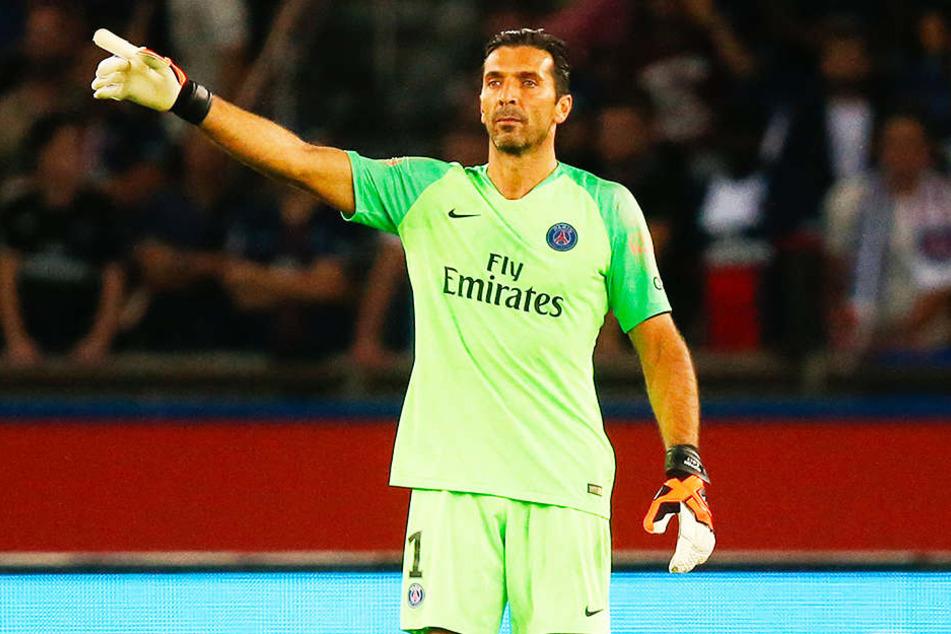 Italiens immer noch aktive Torhüter-Legende Gianluigi Buffon (Paris Saint-Germain) litt monatelang unter Depressionen.