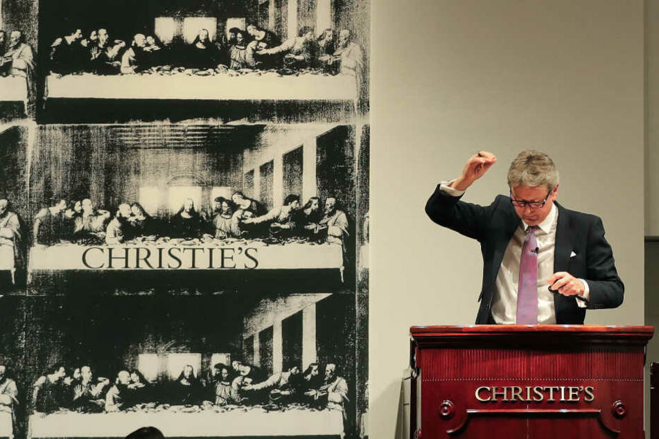 """Bei Christie's wurde für die Rekordsumme von 450 Millionen Euro das Gemälde """"Salvator Mundi"""" versteigert."""