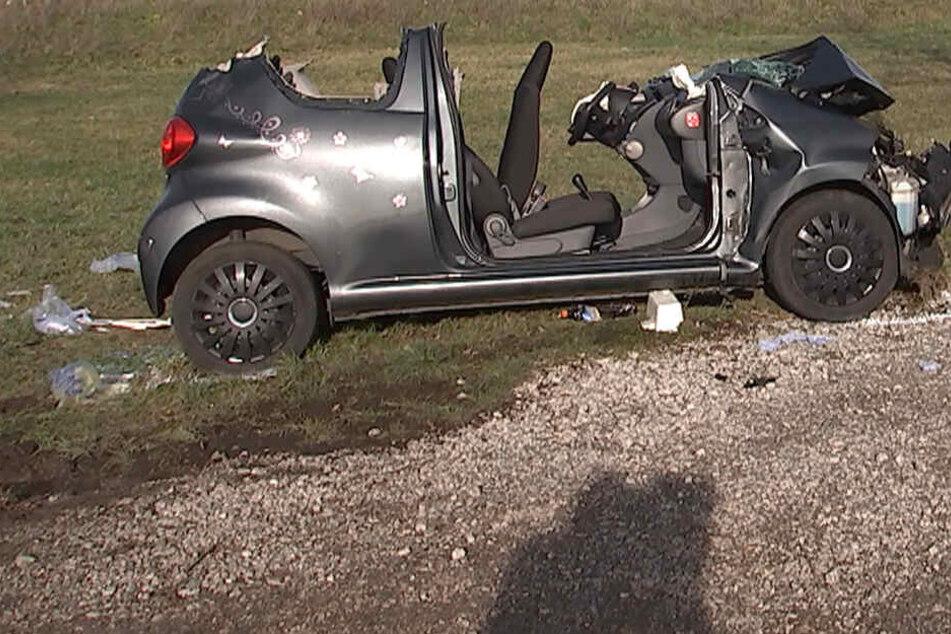 Leipzig: Heftiger Unfall bei Wiedemar: Mehrere Schwerverletzte