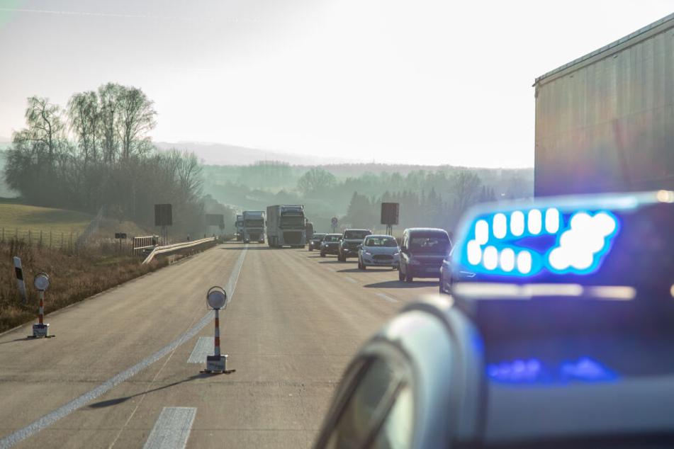Chemnitz: Stau-Chaos! Mehrere Unfälle legen A72 lahm